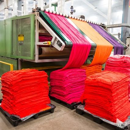 Produção de têxteis evolui em Maio
